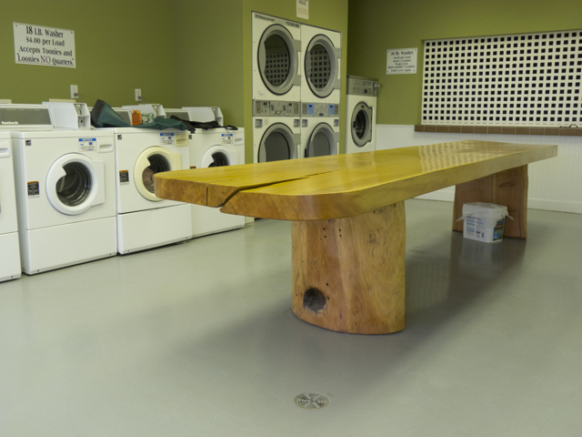 Laundry table