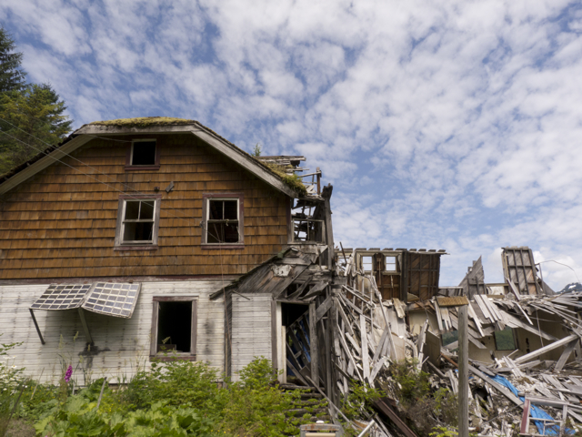 Butedale bunkhouse tumbles